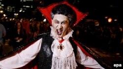 Вампиры - желанные гости вечеринок в честь Хэллоуина