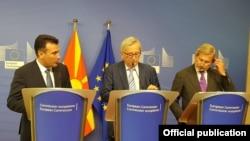 Брисел- Премиерот Заев на прес конференција со претседателот на ЕК Жан Клод Јункер и еврокомесарот Јоханес Хан, 04.07.2019