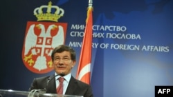 Ministri i Jashtëm turk, Ahmet Davutoglu.
