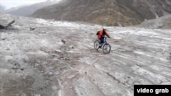 FILE: Pakistani woman cyclist Samar Khan bicycled 800 kilometers and crossed glaciers.