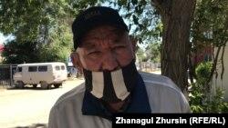 Ақтөбе тұрғыны Ержан Оңғарбайдың үш күн бұрын пневмониядан әпкесі қайтыс болған. Қазір жиені ауыр халде жатыр. 19 маусым 2020 жыл.