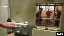 Скоро ли уменьшится тюремное население России?