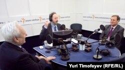 Сергей Филатов, Владимир Кара-Мурза и Иван Рыбкин в студии Радио Свобода