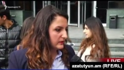 Член движения «Во имя закона» Цовинар Костанян, Ереван, 17 октября 2016 г.