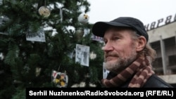 Олексій Бреус, інженер на четвертому енергоблоці Чорнобильської АЕС та ліквідатор на головній площі міста-примари Прип'яті під час встановлення різдвяної ялинки у грудні 2019 року