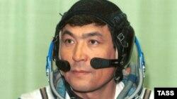 Тоқтар Әубәкіровтің ғарыштан оралған кезі. 10 қазан 1991 жыл.
