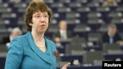 Еуропа Одағының сыртқы саясат министрі Страсбургте сөйлеп тұр. 11 мамыр 2011 жыл.