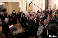 Грекияның жаңа үкімет құрамының ант беру рәсімі. Афин, 27 қаңтар 2015 жыл.