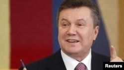 Віктор Янукович під час прес-конференції. Київ, 22 квітня 2010 року