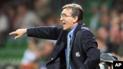 Zagreb's coach Branko Ivankovic reacts during the first leg UEFA Champions League third round qualification match between German first division, Bundesliga, team Werder Bremen and NK Dinamo Zagreb of Croatia in Bremen, Germany, on Wednesday, Aug. 15, 200