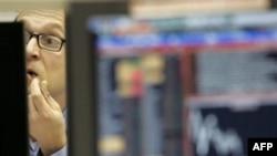 Падение акций российских банков связано с внешними факторами, считают аналитики