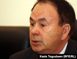 Председатель комиссии по правам человека при президенте Казахстана Сагинбек Турсунов. Алматы, 8 декабря 2011 года.