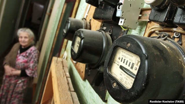Ukrainian consumers will presumably be keeping a close eye on their electricity meters in the future now that low prices for power are a thing of the past. (file photo)
