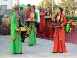 Dünýä türkmenleri we Türkmenistan