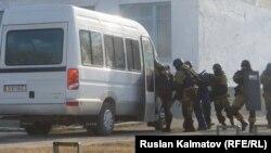 Припадници на безбедносните сили на Киргистан.