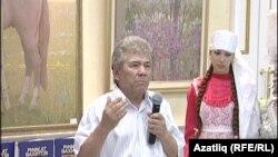 Рәссам Рифкать Вахитов