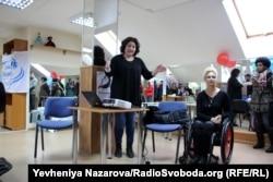 Ірина Петровська розповідає про діяльність клубу «Рівні можливості»