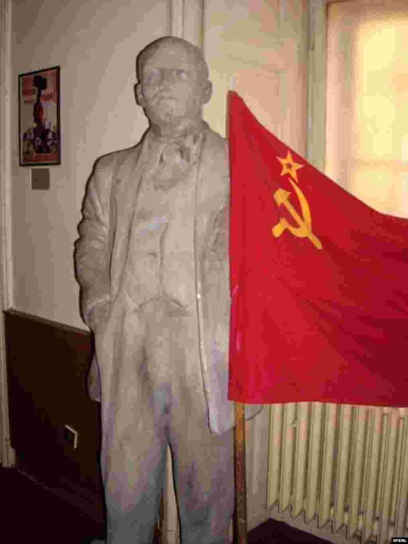 Çexiyada kommunizmin zəfəri... #1