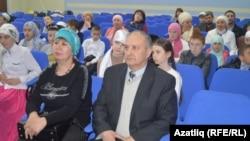 Сафаҗай мәктәбе директоры Рамил әфәнде Мусин (у)