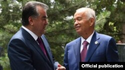 Тажикстандын президенти Эмомали Рахмон менен Ислам Каримов