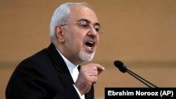 8-nji ýanwarda Tähranda geçirilen howpsuzlyk konferensiýasynda Eýranyň daşary işler ministri Mohammad Jawad Zarif beýleki döwletlere öz ýurdundaky durnuksyzlygyöjükdirmezlik barada duýdurdy.
