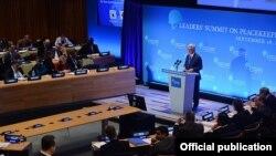 U.S. - Armenian President Serzh Sarkisian addresses a UN peacekeeping summit, New York, 28Sep2015.