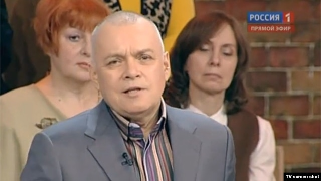 Controversial pro-Kremlin TV anchor Dmitry Kiselyov is heading Rossia Segodnya, which is reportedly planning a major international expansion. (file photo)