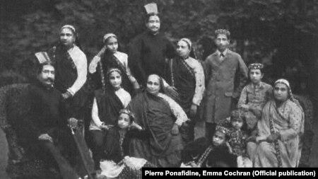 گروهی از پارسیان هند در بمبئی