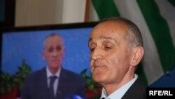 В Сухуме состоялась традиционная пресс-конференция президента Александра Анкваба для абхазских журналистов