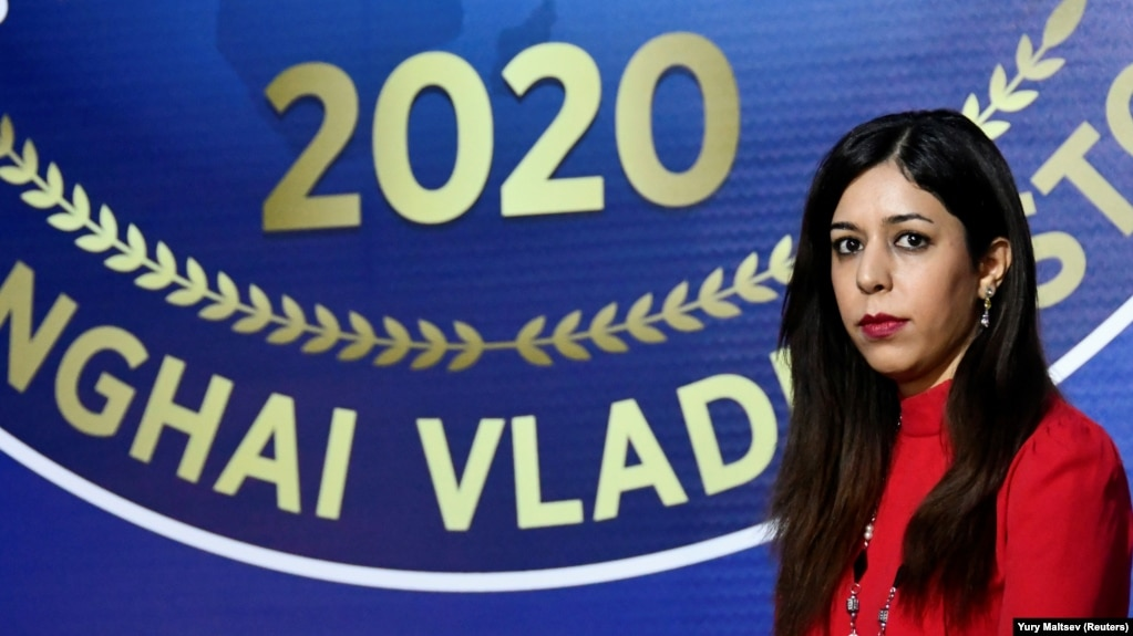 """The U.S. State Department said Iranian chess arbiter Shohreh Bayat will be honored for choosing """"to be a champion for women's rights rather than be cowed by the Iranian government's threats."""""""
