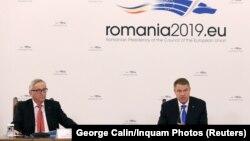 Jean-Claude Juncker cu președintele Klaus Iohannis la conferința de presă de la București, 11 ianuarie 2019