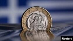 Монета в один євро з зображенням сови – такі карбує Греція