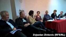 """Učesnici susreta """"Čitanje za Fajada"""", foto: Zvjezdan Živković"""