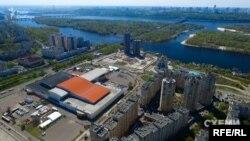 Международный выставочный центр на Левом берегу в Киеве