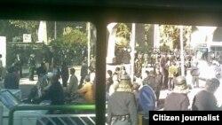 ورودی دانشگاه تهران، روز ۱۳ آبان