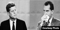 Кеннеди и Никсон во время первых теледебатов.