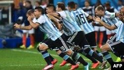 Аргентинанын футболчулары. 9-июль.