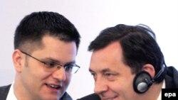 Srpski ministar vanjskih poslova Vuk Jeremić i premiejr RS Milorad Dodik, arhiv