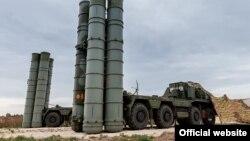 Sistemi mbrojtës raketor rus S-400