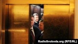 Віктар Януковіч у гасьцініцы «Кемпінскі» ў Вільні, 29 лістапада