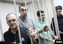Сергей Кривов, Степан Зимин и Андрей Барабанов в Замоскворецком суде Москвы, январь 2014 года