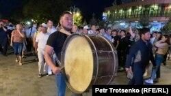 Алматы қаласы орталығында өткен белсенділер шеруі. 13 маусым 2020 жыл.