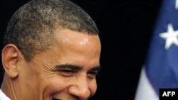 25 yaşlı tələbə: «Mən başa düşə bilmirəm Obama niyə belə ulduz hesab olunur»