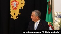 Президент Португалії проведе два тижні на карантині