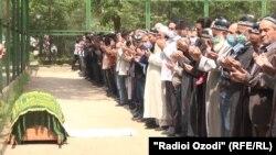 Церемония прощания с Абдулло Хабибовым