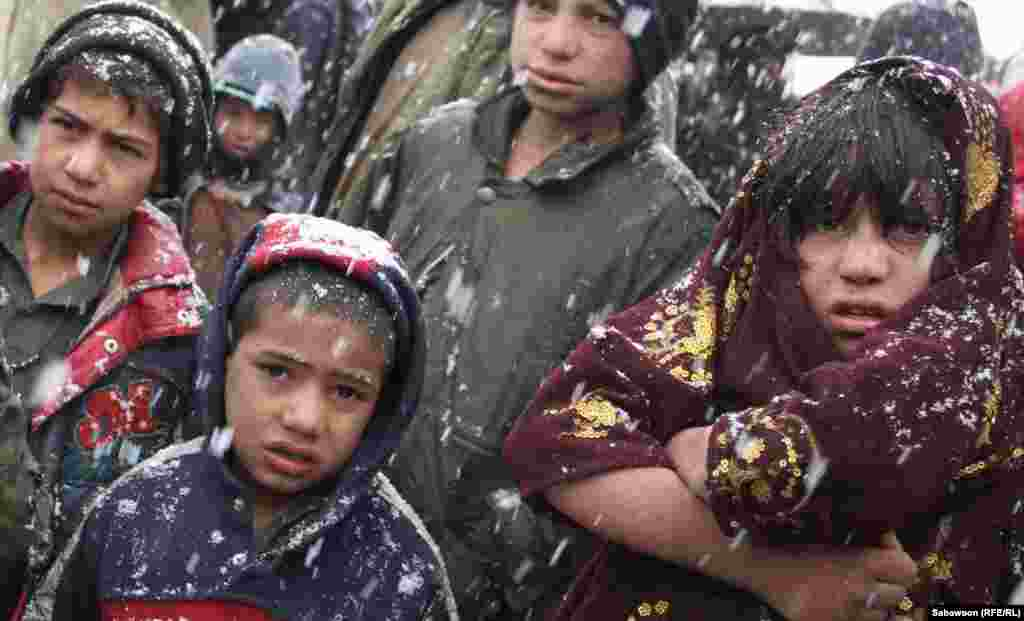 U izbjegličkom kampu živi i veliki broj djece.