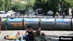 Yerevanda etiraz aksiyası