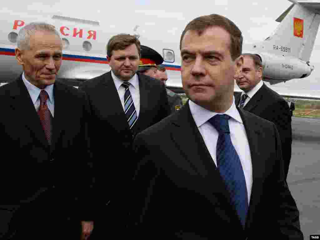 Дмитрий Медведев прибыл с рабочей поездкой в Киров
