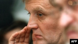 Aleksandr Litvinenko in London in 2004