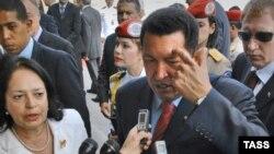 Президент Венесуэлы приступил к активным действиям прямо в аэропорту Внуково